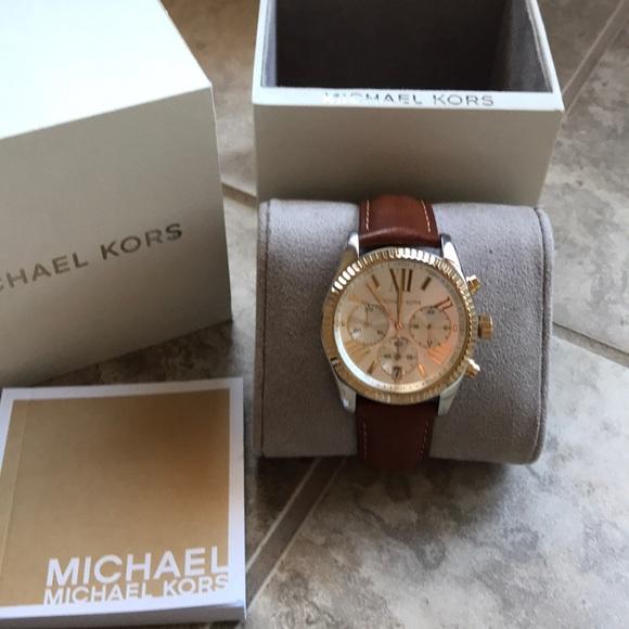 be6a4605130d Michael Kors Lexington Leather Watch 🌸🌸. M 5ab41e1a5521bec66dc9ad48